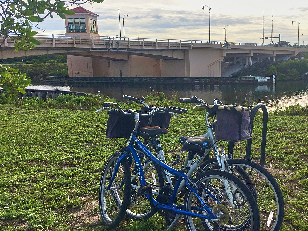 Venice Trail Bike Rental at Airport Approach Road Delivery Location